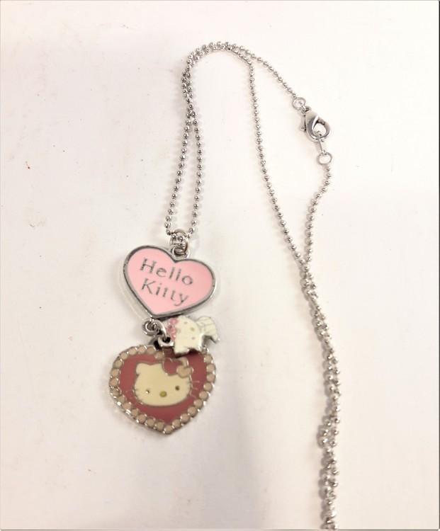 Halskedja med Hello Kitty-motiv, 3 berlocker
