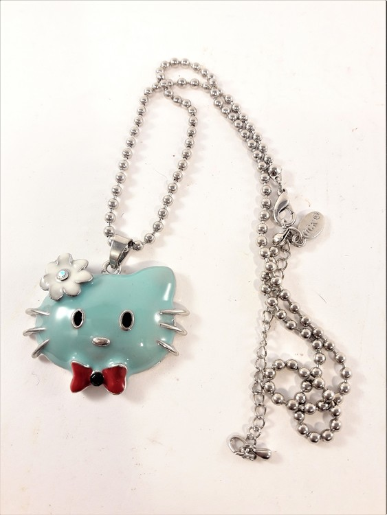 Halskedja med Hello Kittymotiv, blått huvud