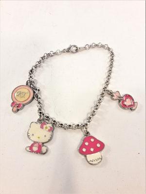Armband med Hello Kittymotiv, 4 berlocker