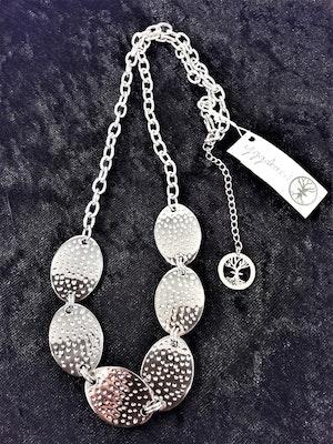 Halsband i Stål med Ovaler Silverfärg