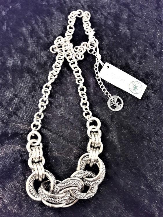 Halsband i Stål med Ringar Silverfärg