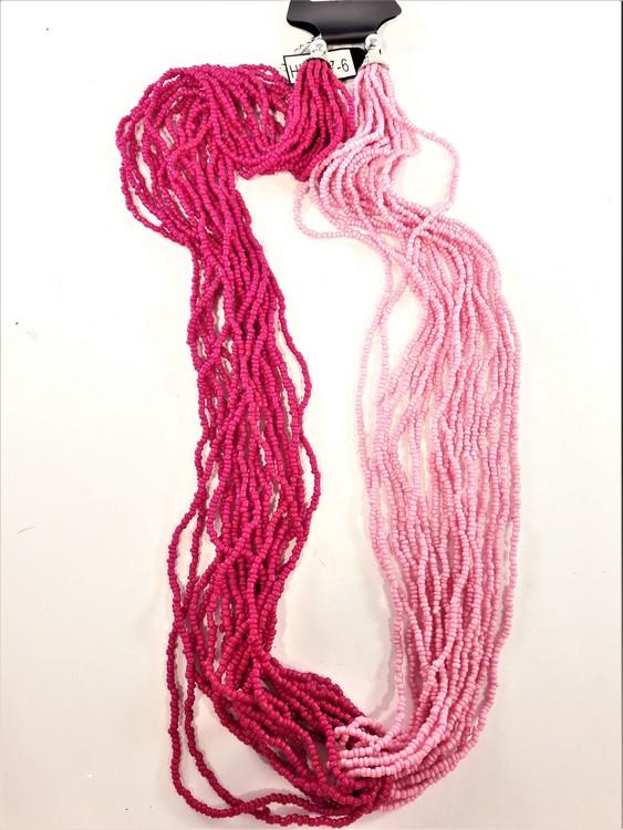 Flerradigt halsband med små pärlor tvåfärgat rosa