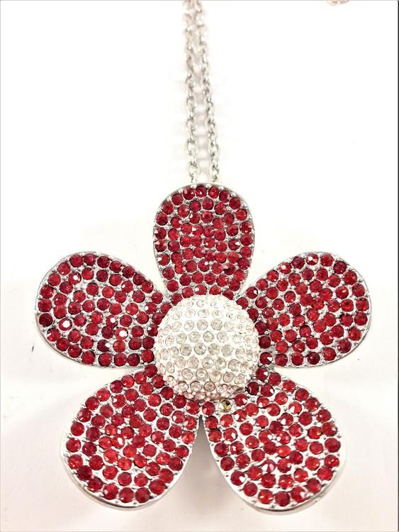 Halskedja med stor glittrande blomma som hänge, röd