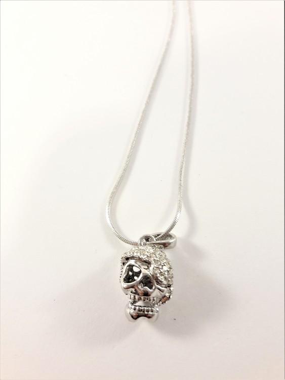 Halsband med glittrande dödskalle, silverfärgad