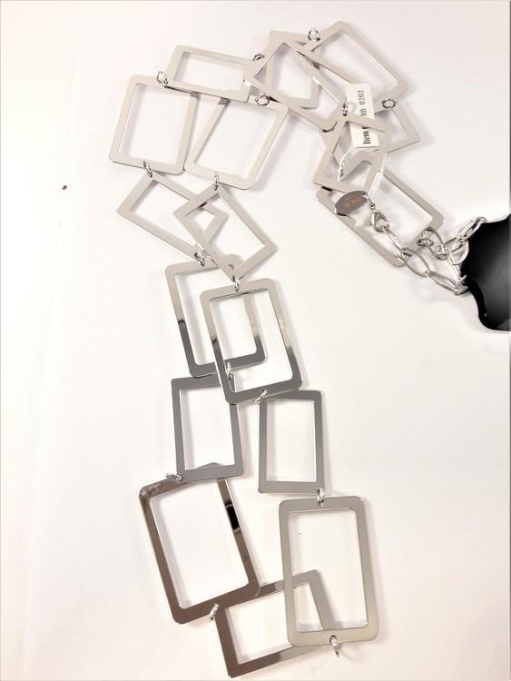 Halsband med rektanglar som kedja i silverfärg