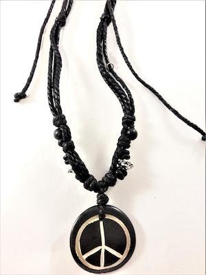 Halsband med läderrem och peacemärke i svart