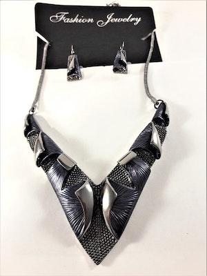 Dekorativt, tungt och vackert lyxhalsband och örhängen i blått