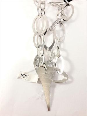 Halsband med stora länkar och hjärta i silverfärg
