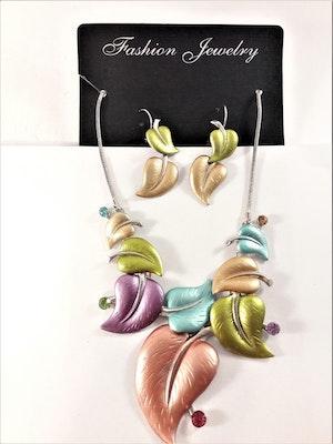 Dekorativt och vackert lyxhalsband och örhängen formade som löv i mixade färger