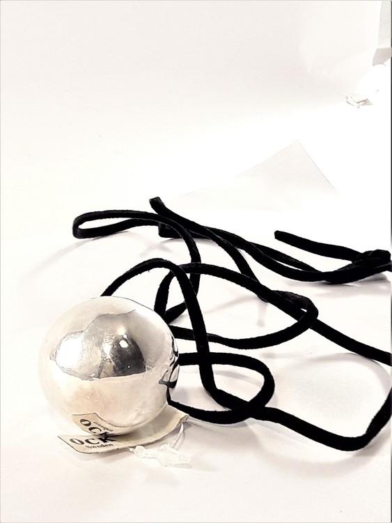 Halsband med änglaklocka/pingla