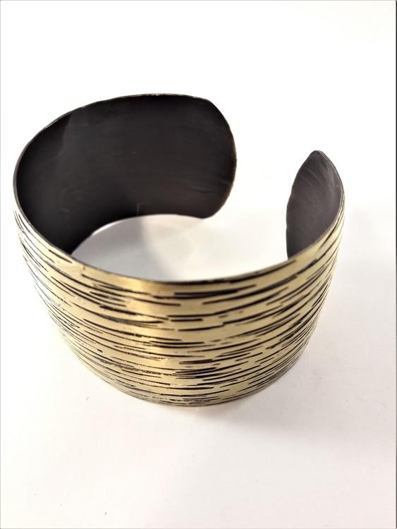 Brett Stelt Armband Guldfärg