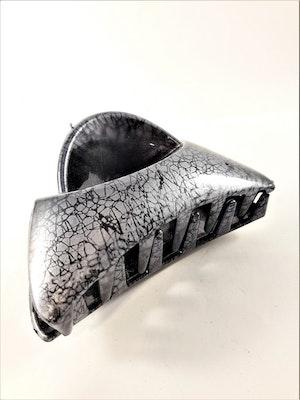 Hårklämma, grå nyans med svart mönster