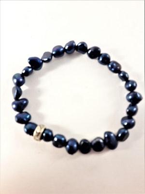 Enkelt Armband med Små Blå Pärlor och Ring med Strass