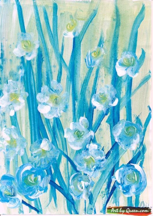 Vita vildväxande blommor