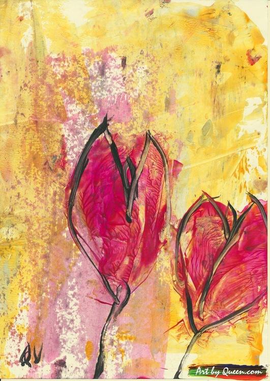 Två vackra tulpaner blommar