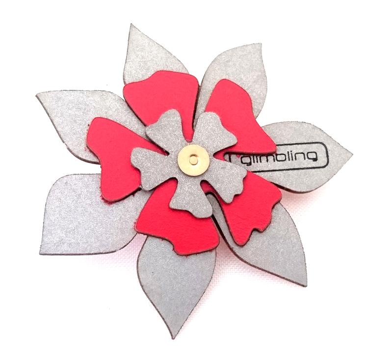 Clematis blomreflex, röd