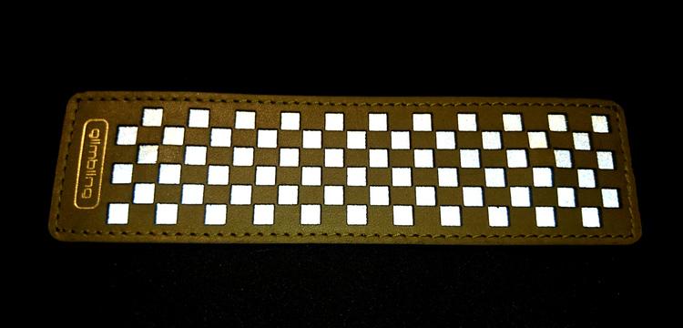 Chess rektangulär reflexbrosch, mossgrön