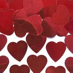 Konfetti, röda hjärtan