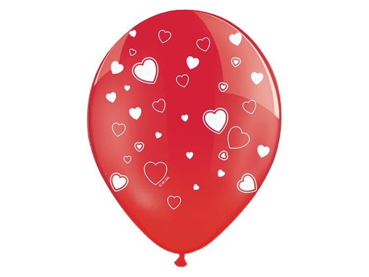 Ballonger röda med vita hjärtan
