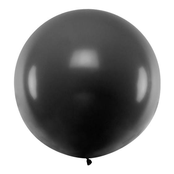 stor rund svart ballong