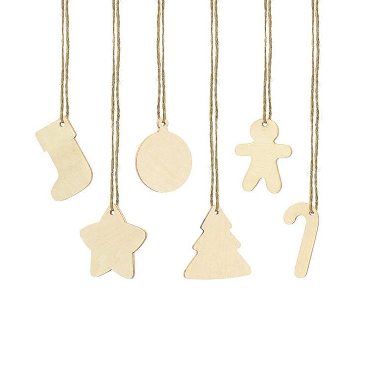 juletiketter i trä