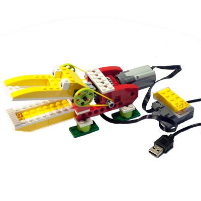 Lego WeDo byggsats för RPI och Scratch - bild på en byggd krokodil