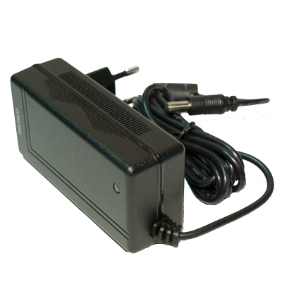 Deltaco nätadapter 100 - 240 v  och 3 A - bild 2