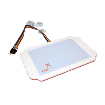 Pi Supply låda för det stora Flick  kretskortet - bild med kretskort för rörelser.