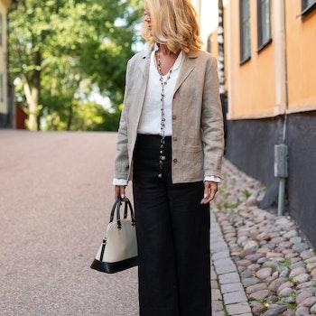 Kavaj Malin i cert linne. Sys i Sverige.