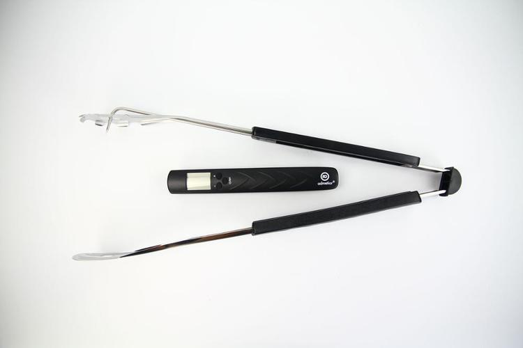 Smart grilltång med inbyggd termometer