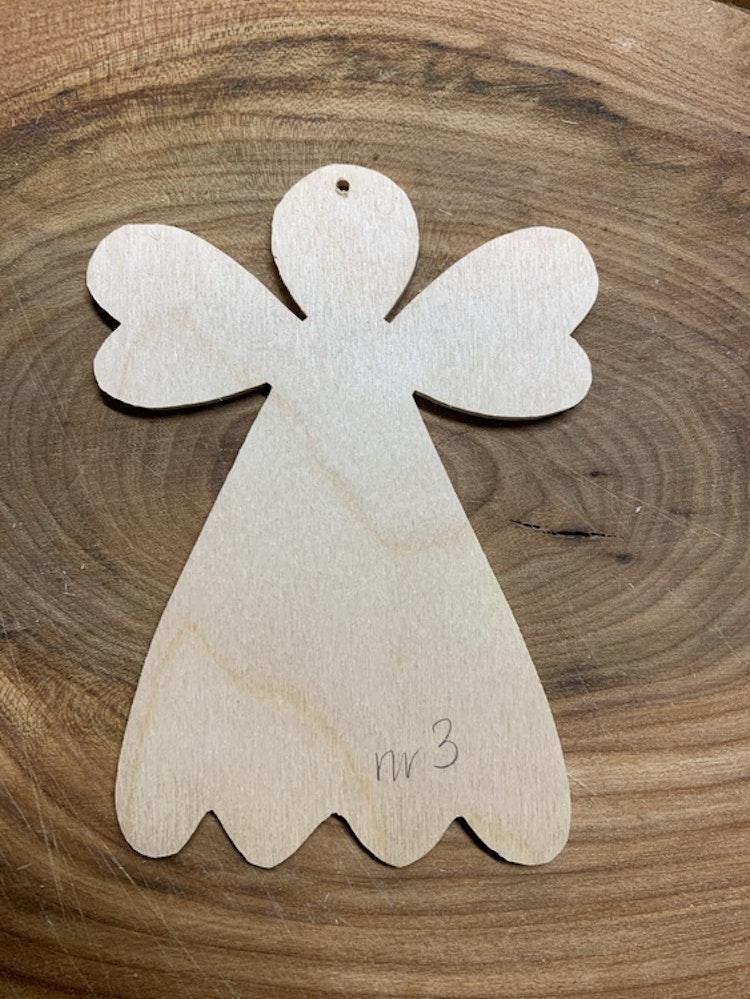 Trä-ängel nr 3, 9x12,5 cm, 3 mm