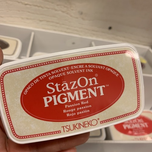 Staz On pigment Passion red