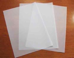 2 ark Vellum / tracing paper A4 112gr.