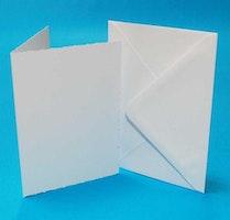 """Kort & Kuverter Deckled 50 stk """"White"""" A6"""