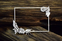Chipboard - Frame with seashells