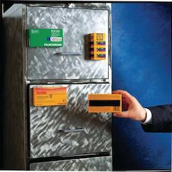 Legamaster Magnetisktejp med klisterbaksida 12,5mm x 3m
