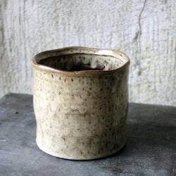 Creme serien - Ojämn kant - Beigebrun