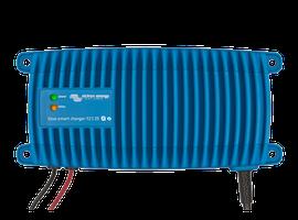 Victron Energy Blue Smart IP67 12V 25A 230V