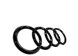 Audi blank svarta ringar bak