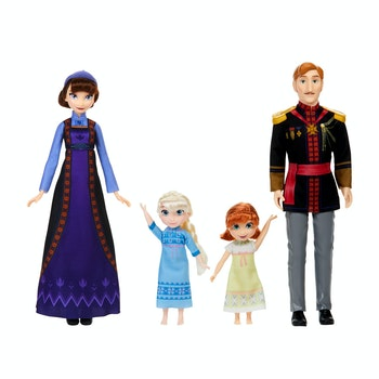 Frost 2 Arendelle Royal Family