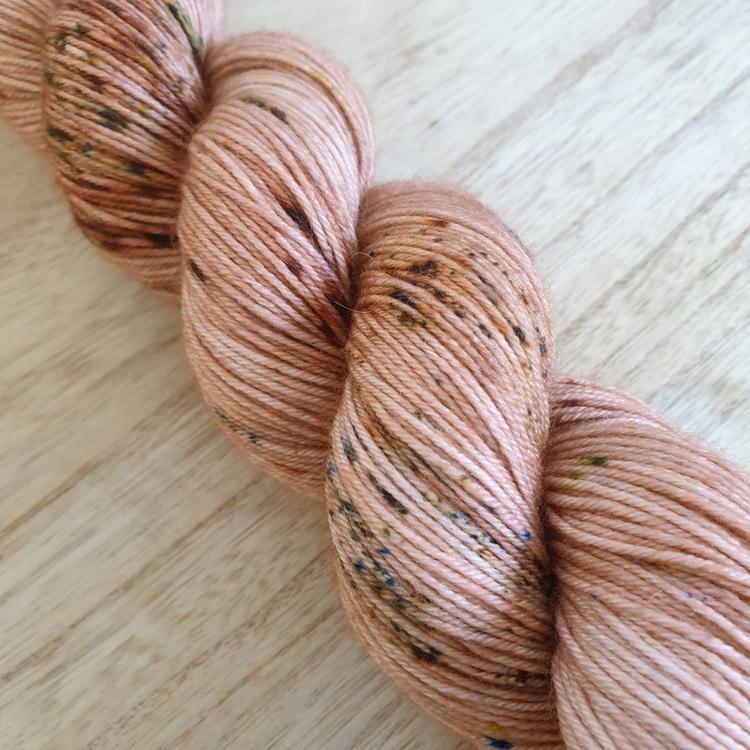 Leirgrunn - tynt sokkegarn