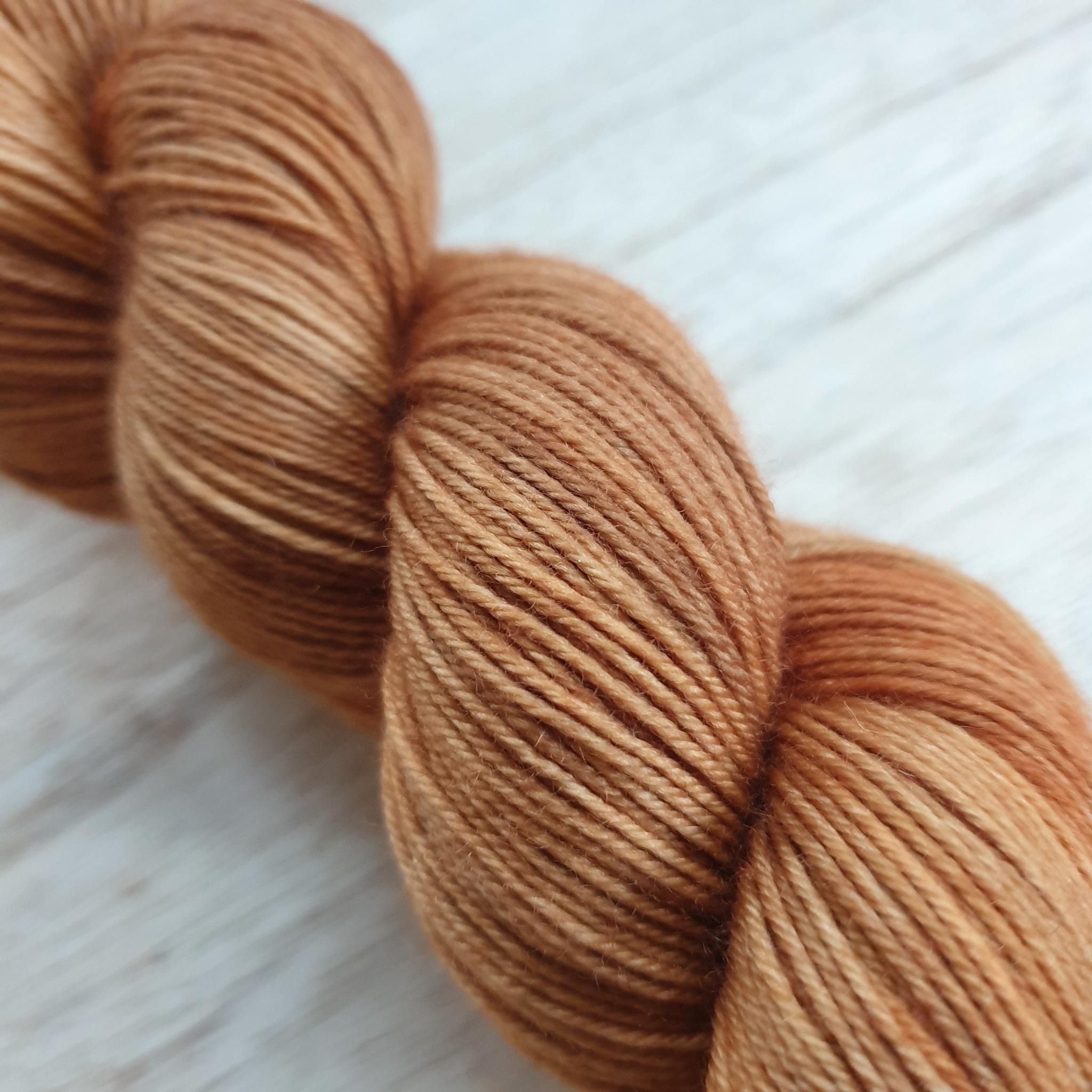 Rustbrun - tynt sokkegarn