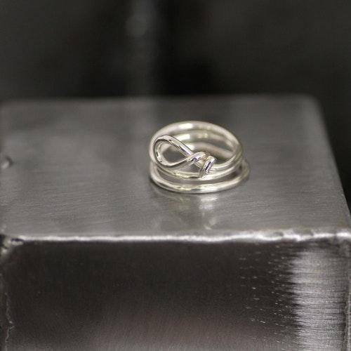 ROPE - Silverring med repknut