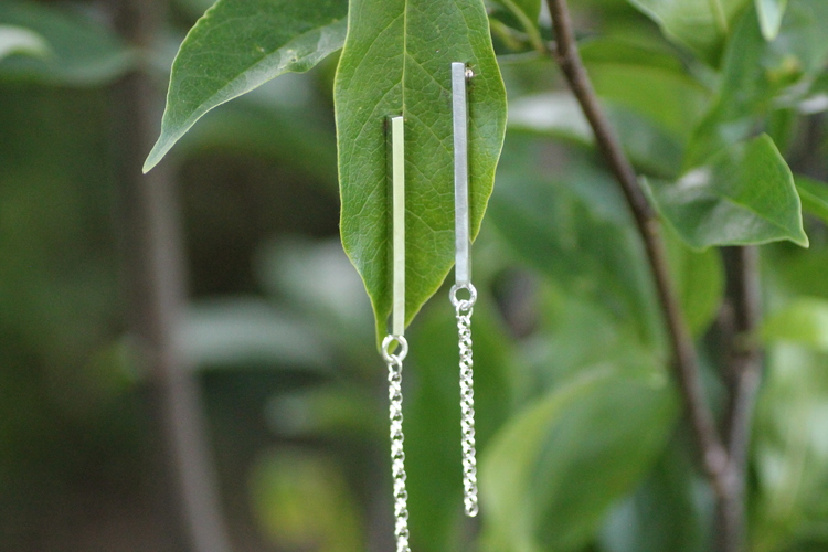 CHAIN - Silverörhängen med stavar och kedjor