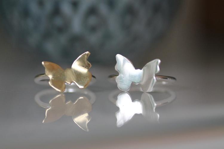 BUTTERFLY- Silverring med fjäril