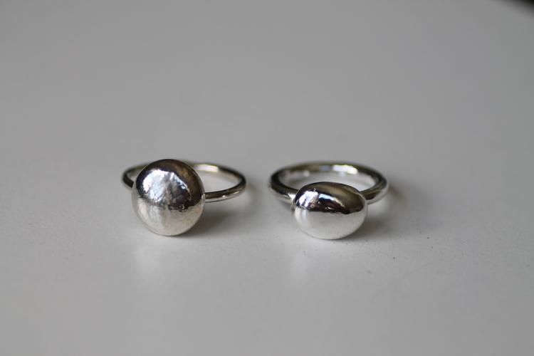 "PEBBLE- Silverring med ""pebble"""