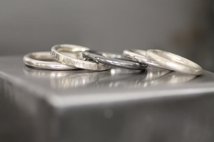 CIRCLE 3 MM - Silverring med olika ytor