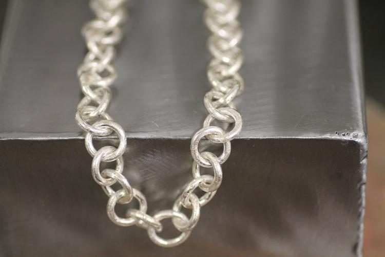 HEAVY CHAIN- Halskedja i silver med grova länkar