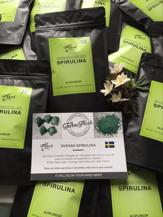 Algflingor av 100% svenskodlad spirulina