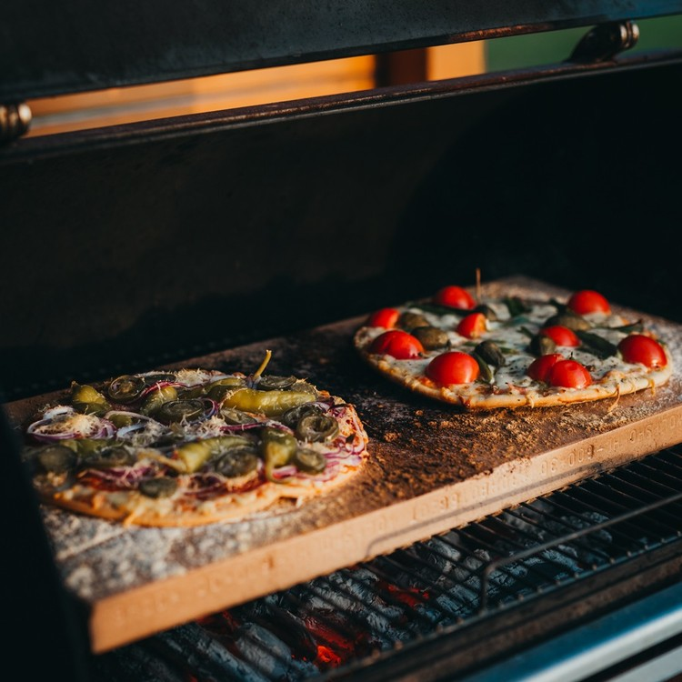 GrillSymbol Smoky Beast BBQ Rökgrill pizza
